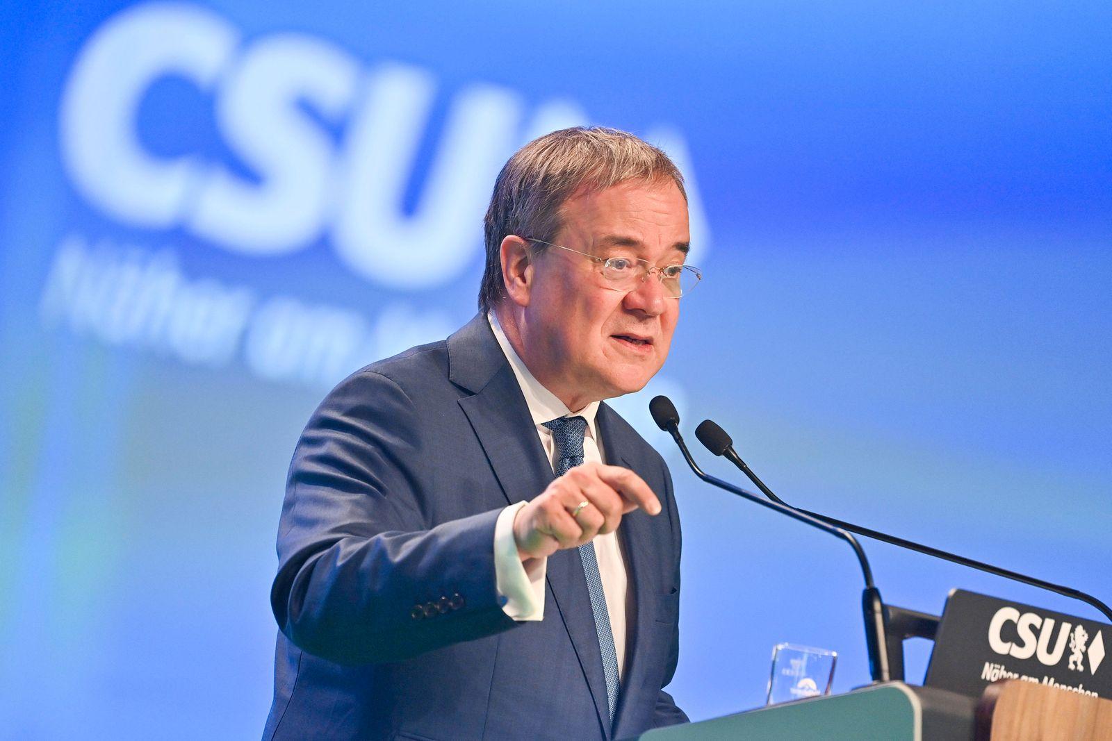 Armin LASCHET (CDU Vorsitzender und Kanzlerkandidat) bei seiner Rede. Gestik, Einzelbild,angeschnittenes Einzelmotiv,Hal