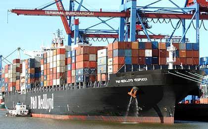 Der Export brummt: Exportweltmeister Deutschland leidet aber unter der schwachen Nachfrage im Inland