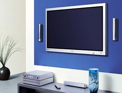 Weicht, ihr schweren Kisten: Den Philips 50 PF kann man einfach an die Wand hängen
