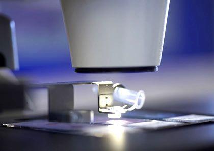 Fliegende Zellen: Die Lasertechnologie nutzt die Kraft des Lichts