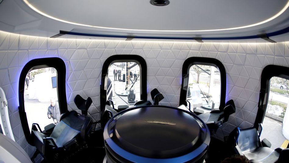 """Astronautenkapsel von innen: Die Rakete """"New Shepard"""" soll die Touristen ins All bringen"""
