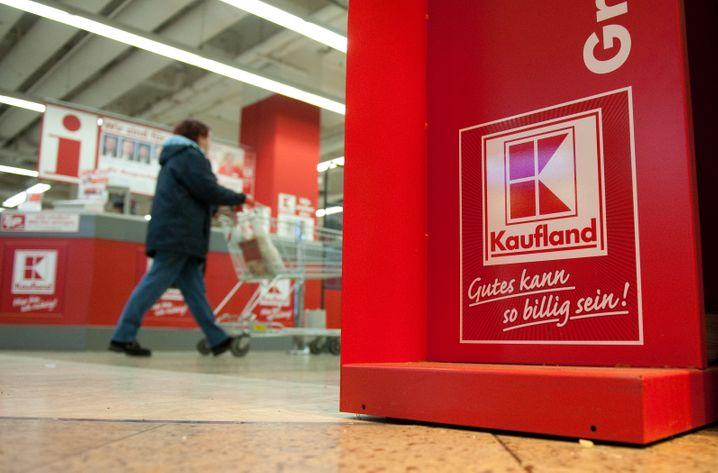 Der Discounter Kaufland will Preiserhöhungen nicht akzeptieren und legt sich deshalb mit dem Lebensmittel- und Konsumgüter-Riesen Unilever an
