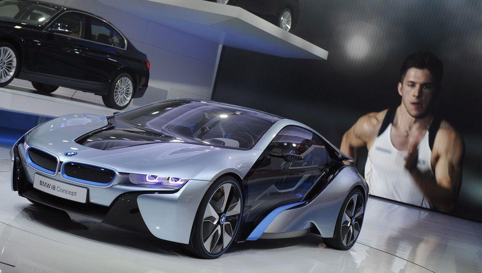 BMW i8 auf der Detroit Motor Show. BMW schaffte ein Plus von 7,2 Prozent, Daimler ein Plus von 21,8 Prozent im Vergleich zum Vorjahr
