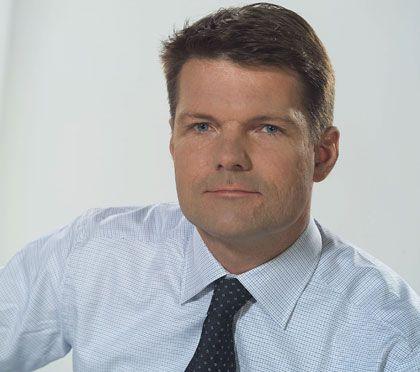 Nils Melngailis ist seit Dezember 2008 Vorstandschef der lettischen Parex Banka. Gleichzeitig ist Melngailis Gründer und Präsident der Beteiligungs- und Beratungsfirma SIA Riga Capital. Zuvor war er CEO von Lattelecom, eines der führenden Telekomunternehmen im Baltikum