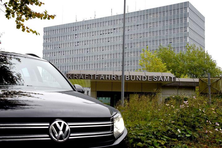 Kraftfahrt-Bundesamt in Flensburg: Aberkennung der Typgenehmigung beantragt
