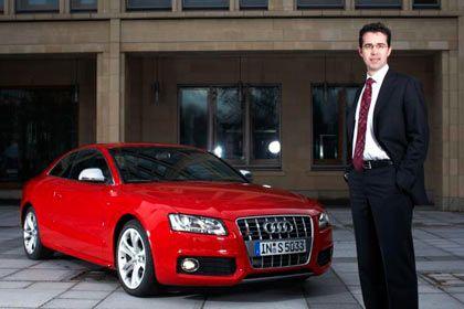 Wünscht sich noch einen Sportschalter: mm-Tester Dannenberg mit dem S5-Coupé von Audi