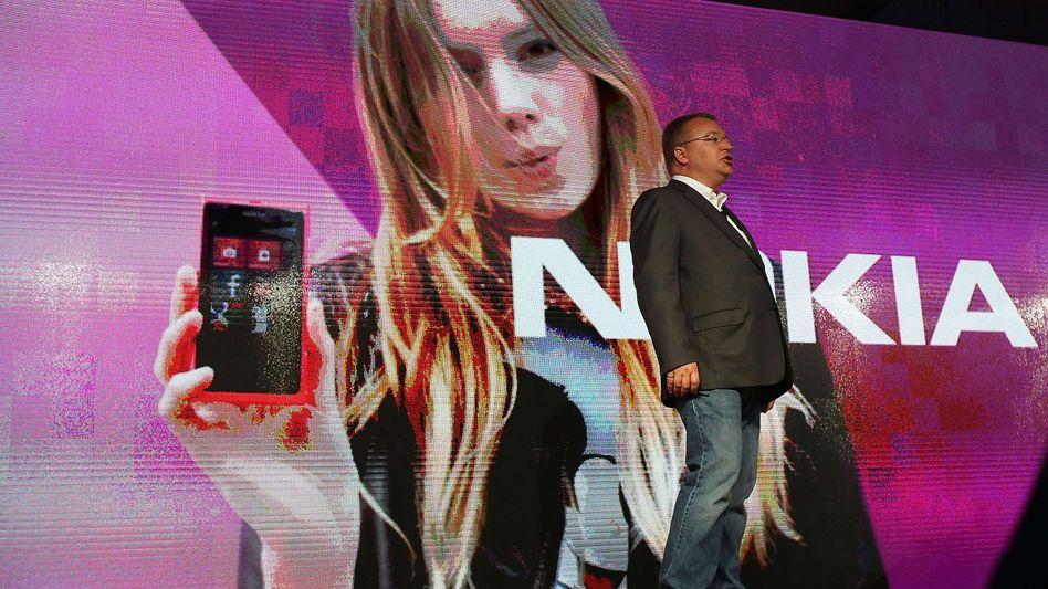 Nokia-Chef Stephen Elop in New York: Der Absatz der Lumia-Smartphones sinkt