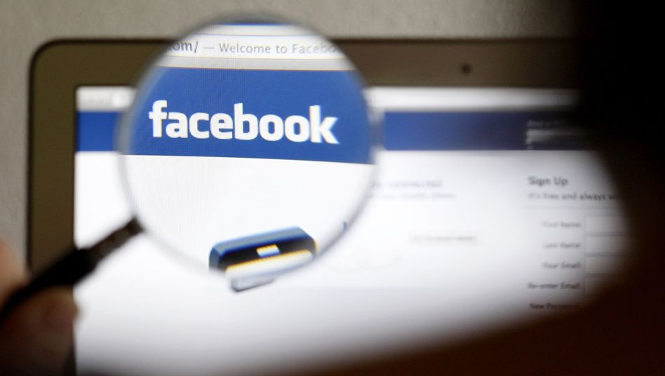 This week, Facebook has begun to move its North American users to HTTPS connections, which are more secure than HTTP connections, the previously default