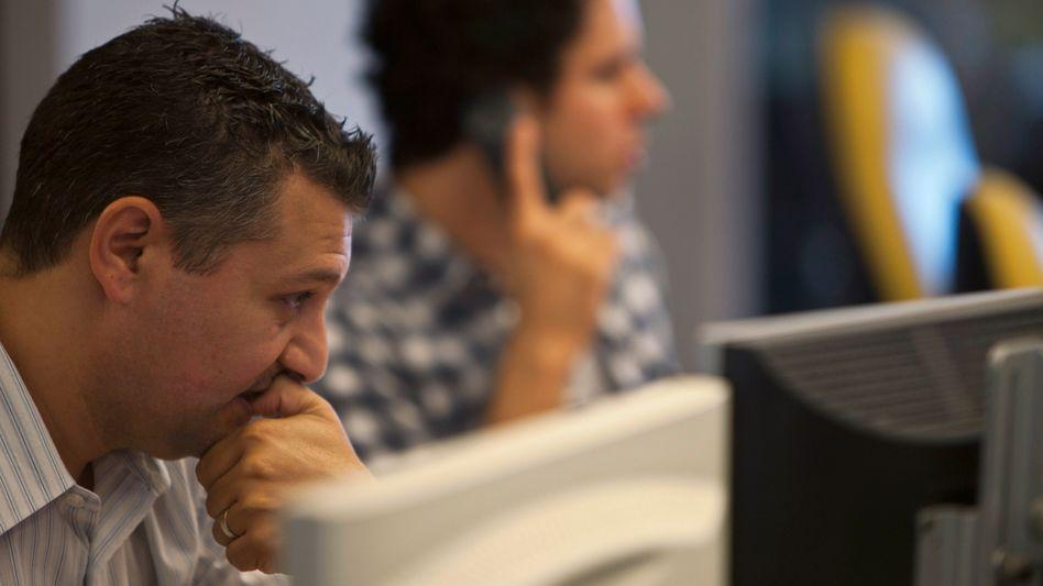 Die Analysten der Ratinagenturen bewerten Unternehmen und Staaten - das Rating ist ausschlaggebend für die Finanzierung am Kapitalmarkt