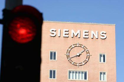 Regeln missachtet: Siemens muss für die Schmiergeldaffäre Milliarden zahlen