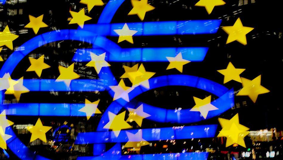 EZB in Frankfurt: Fitch hält die Gefahr für die Euro-Zone als Ganzes gering