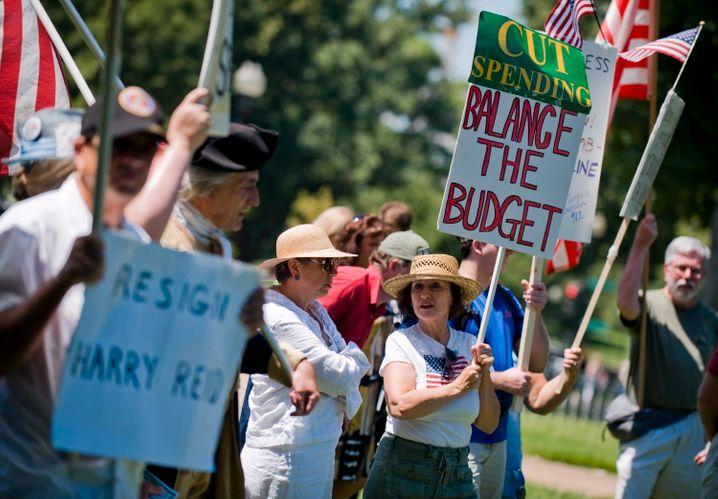 Anhänger der Tea Party in Washington: Romney will einen schlanken Staat