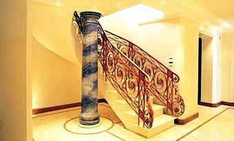 Das Treppenhaus der Furch-Villa