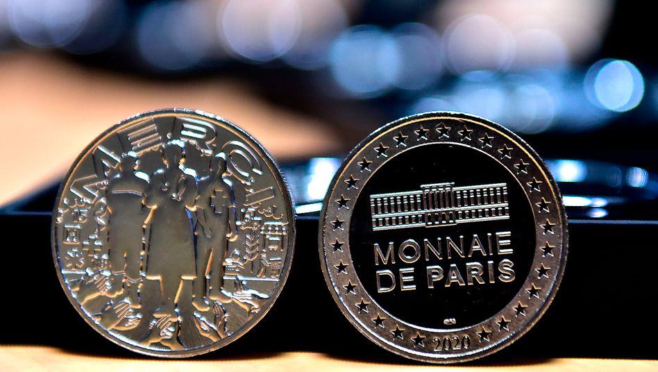 Die Münzprägeanstalt Monnaie de Paris gab zuletzt eine Dankesmedaille für Mitarbeiter des französischen Gesundheitssystems heraus
