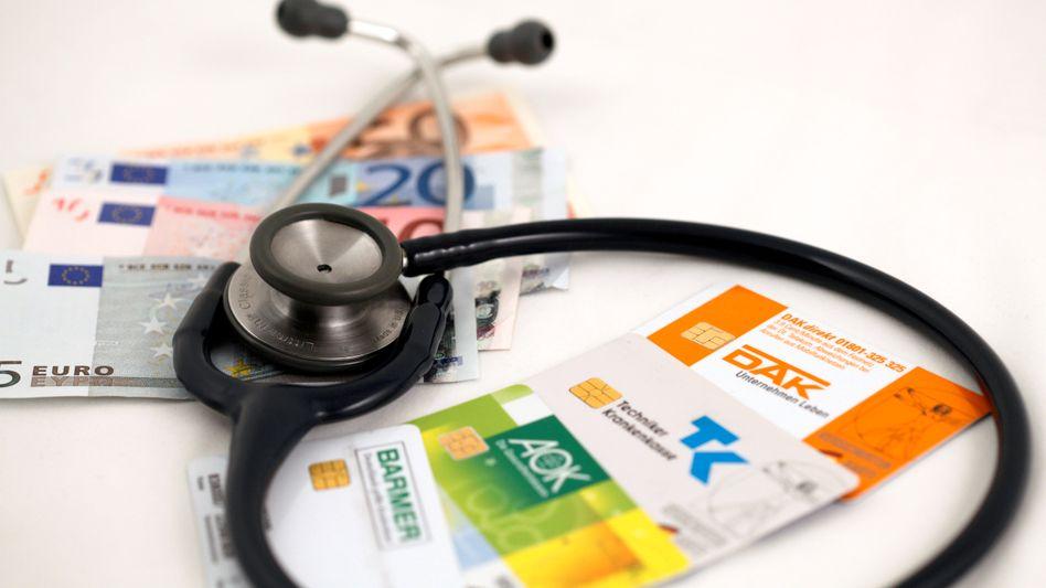 Krankenkassen: Den Gesetzlichen drohen Finanzprobleme. Die Barmer baut bereits Jobs ab