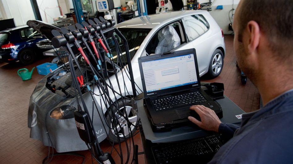 Software-Update: Von 5,3 Millionen Diesel-Pkw sind der 4,1 Millionen umgerüstet