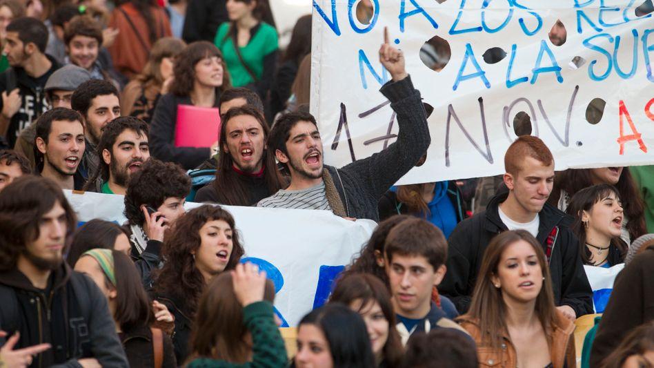 Abgehängt: Jugendliche vor allem in südlichen Ländern Europas - wie hier in Spanien - sind besonders stark von Arbeitslosigkeit und Armut bedroht