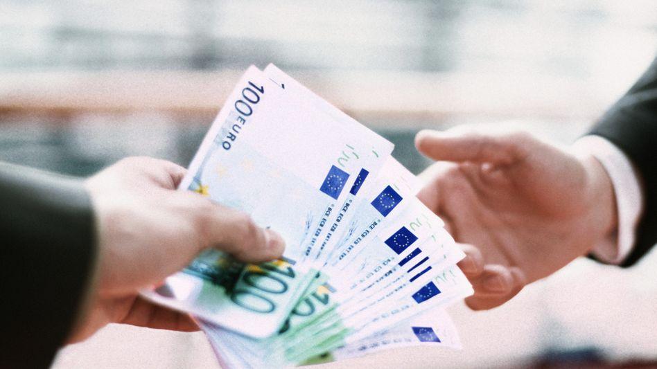 Von privat zu privat: Immer mehr Menschen leihen und verleihen auf Online-Kreditbörsen Geld