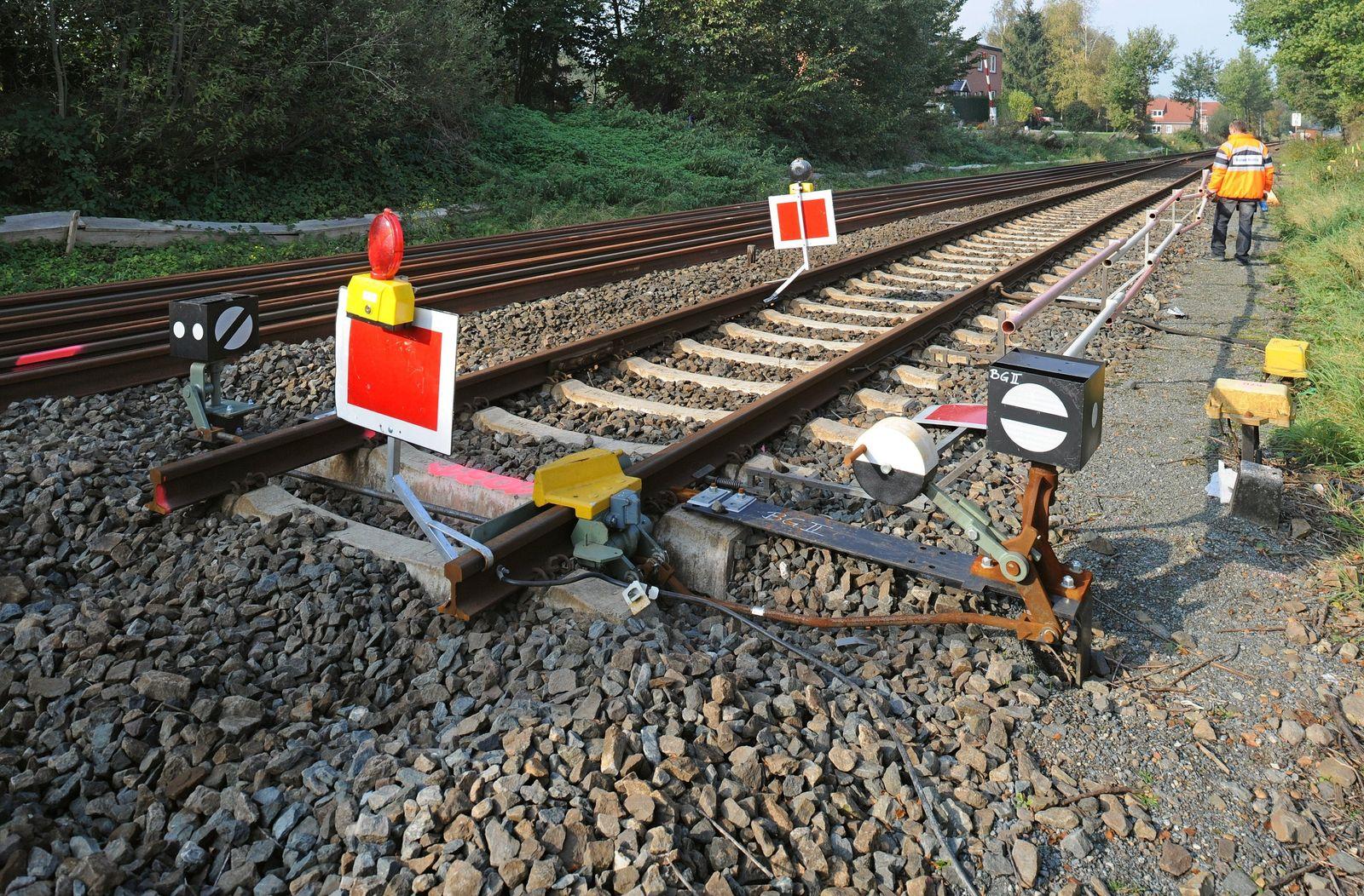 Bahn / Gleise / Sperrung / Bauarbeiten