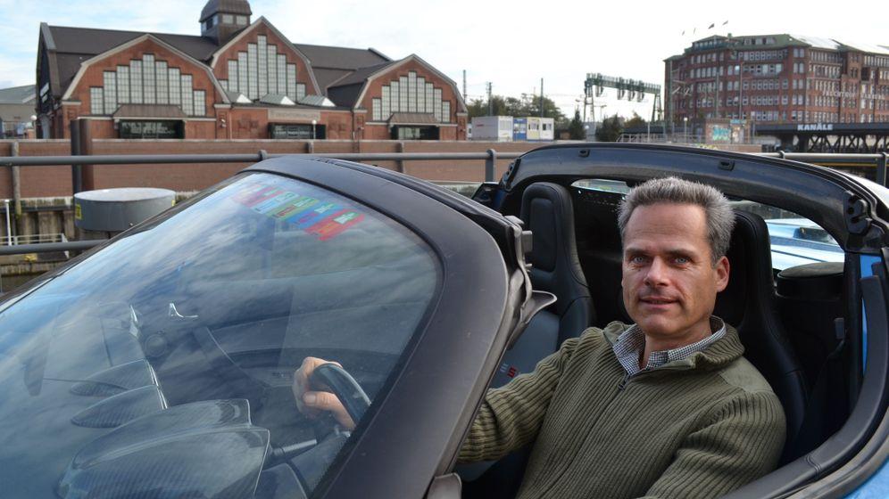 400.000 Kilometer im Roadster: Der Elektroauto-Pionier und sein blauer Blitz