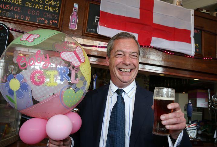 """Herr der Stammtische: Nigel Farage führt die rechtspopulistische """"UK Independence Party"""""""