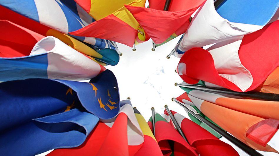 EU-Staaten: 80 Prozent der Bürger in den 28 Mitgliedstaaten sind ihrem Leben zufrieden - dennoch sind sie pessimistisch für die Zukunft Europas