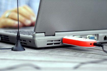 Fernsehen mobil: USB-Stick und PCMCIA-Karten mit eingebautem Empfänger sollen DVB-T auf das Notebook bringen