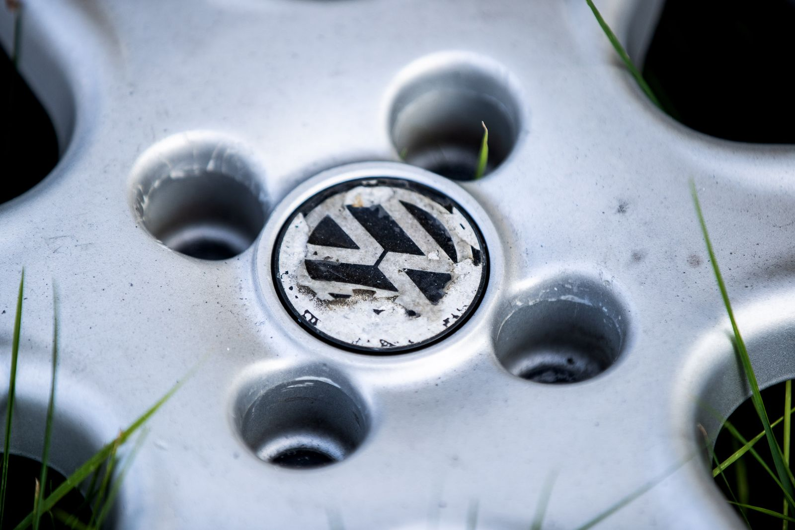 VW-Logo / Fahrverbote / Dieselskandal