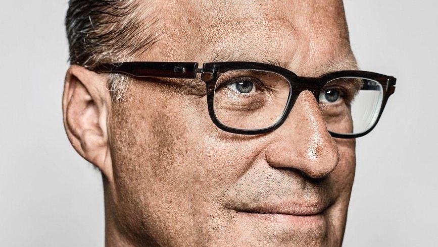 Verglüht: Osram-Chef Olaf Berlien startete gut. Doch dann versenkte er Millionen in halb leer stehenden Fabriken, Fehlakquisitionen und einer aufgeblähten Verwaltung.
