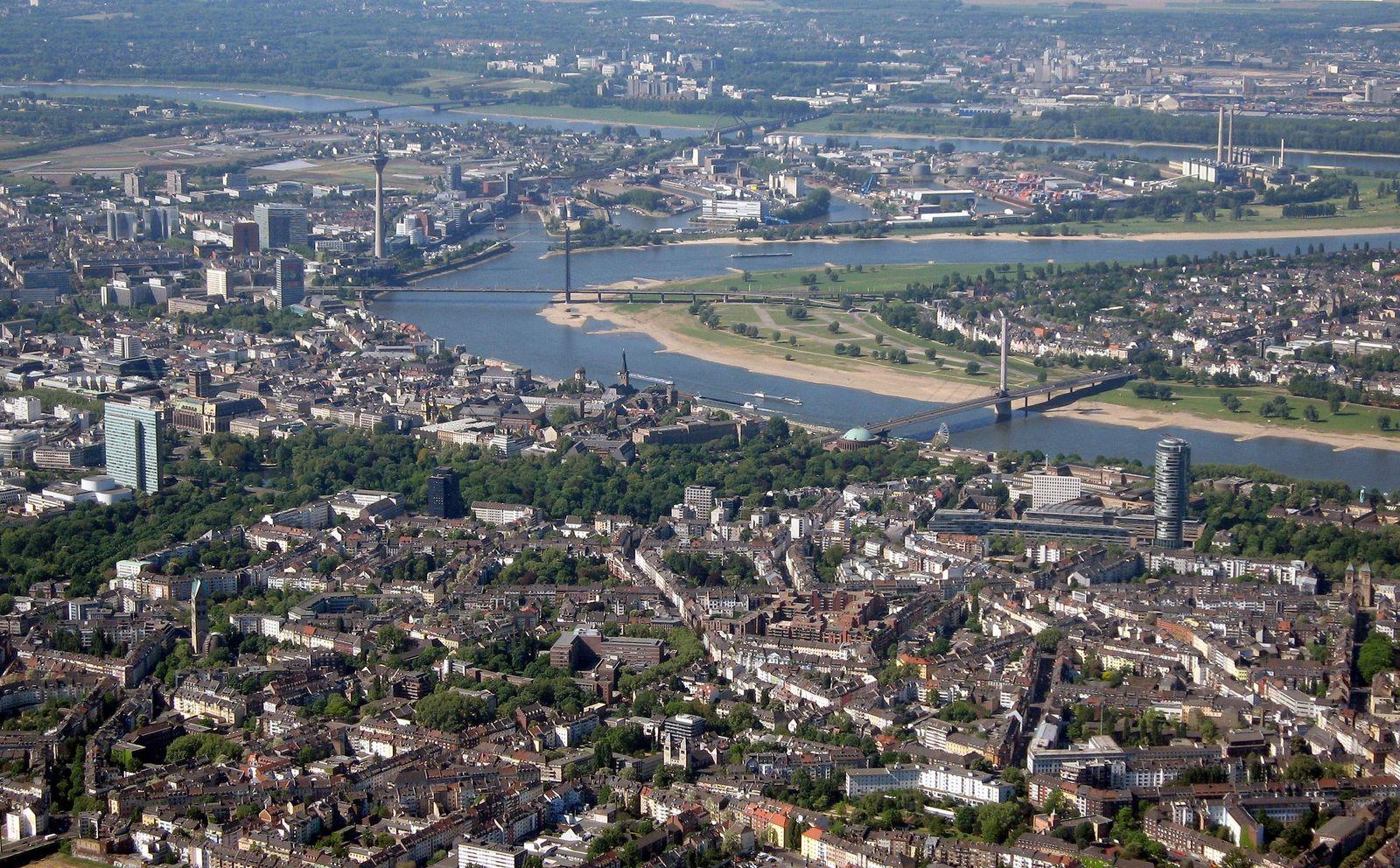Verschuldung der Städte/ Düsseldorf