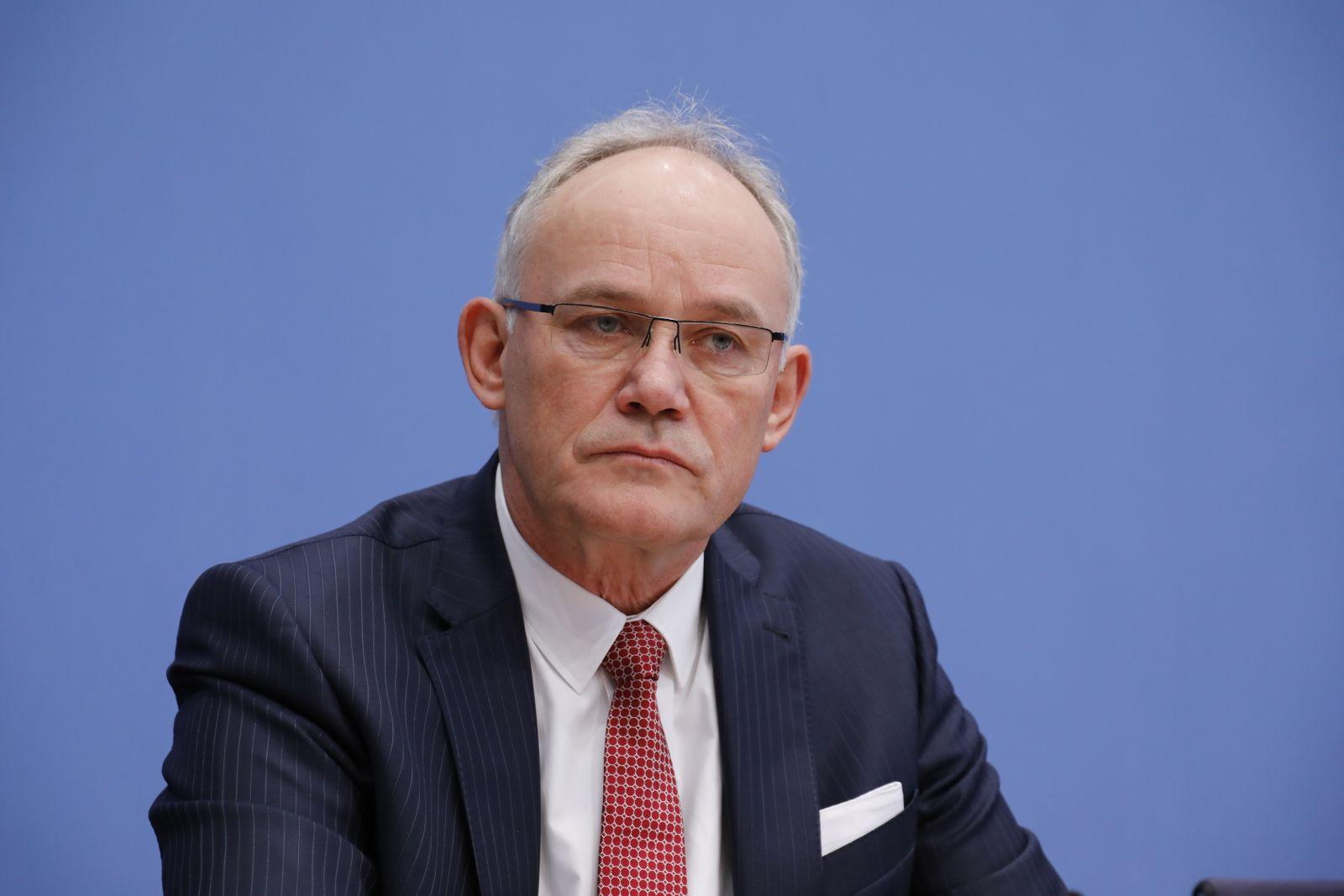 Michael Jost, VW, Deutschland, Berlin, Bundespressekonferenz, Thema: Erneuerbare Energien als Standortvorteil für die de