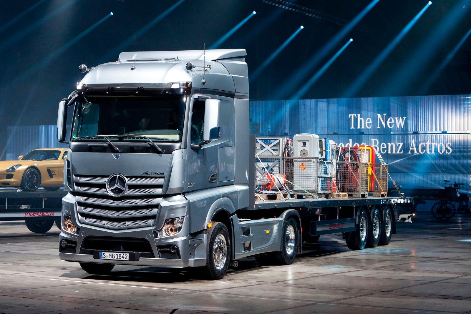 Daimler Mercedes Truck / LKW New Actros