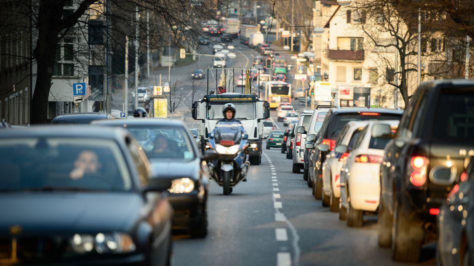 Stau in der Innenstadt: Städte dürfen Fahrverbote verhängen, so das OLG