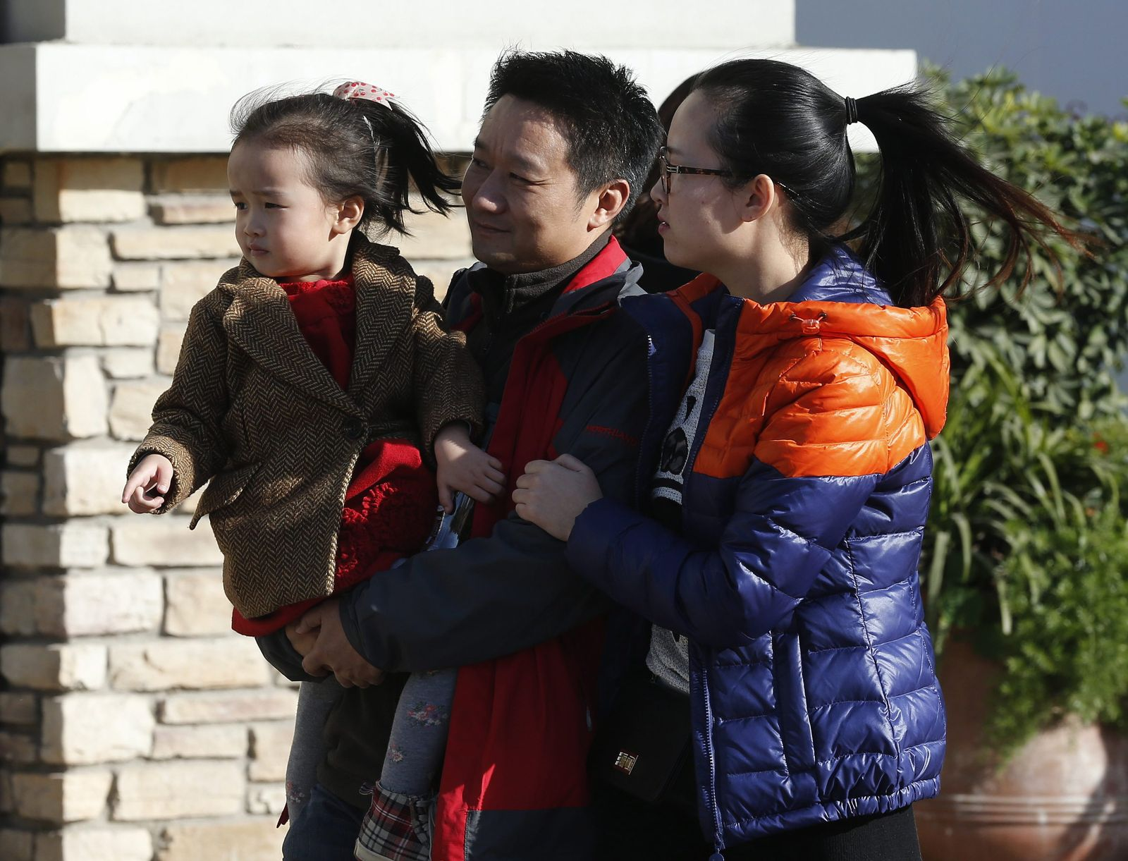 China plans to loosen one child policy plan