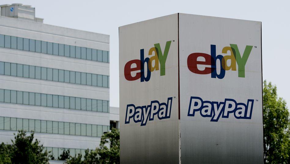 Zwei Säulen: Der schnell wachsende Bezahldienst Paypal setzt bereits Milliarden um