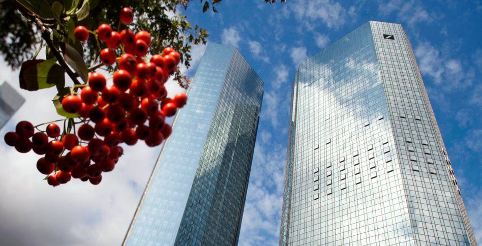 Größte Kapitalerhöhung in der Geschichte: Die Deutsche Bank wird bei ihrer Kapitalerhöhung rund 400 Millionen Euro mehr einnehmen als geplant