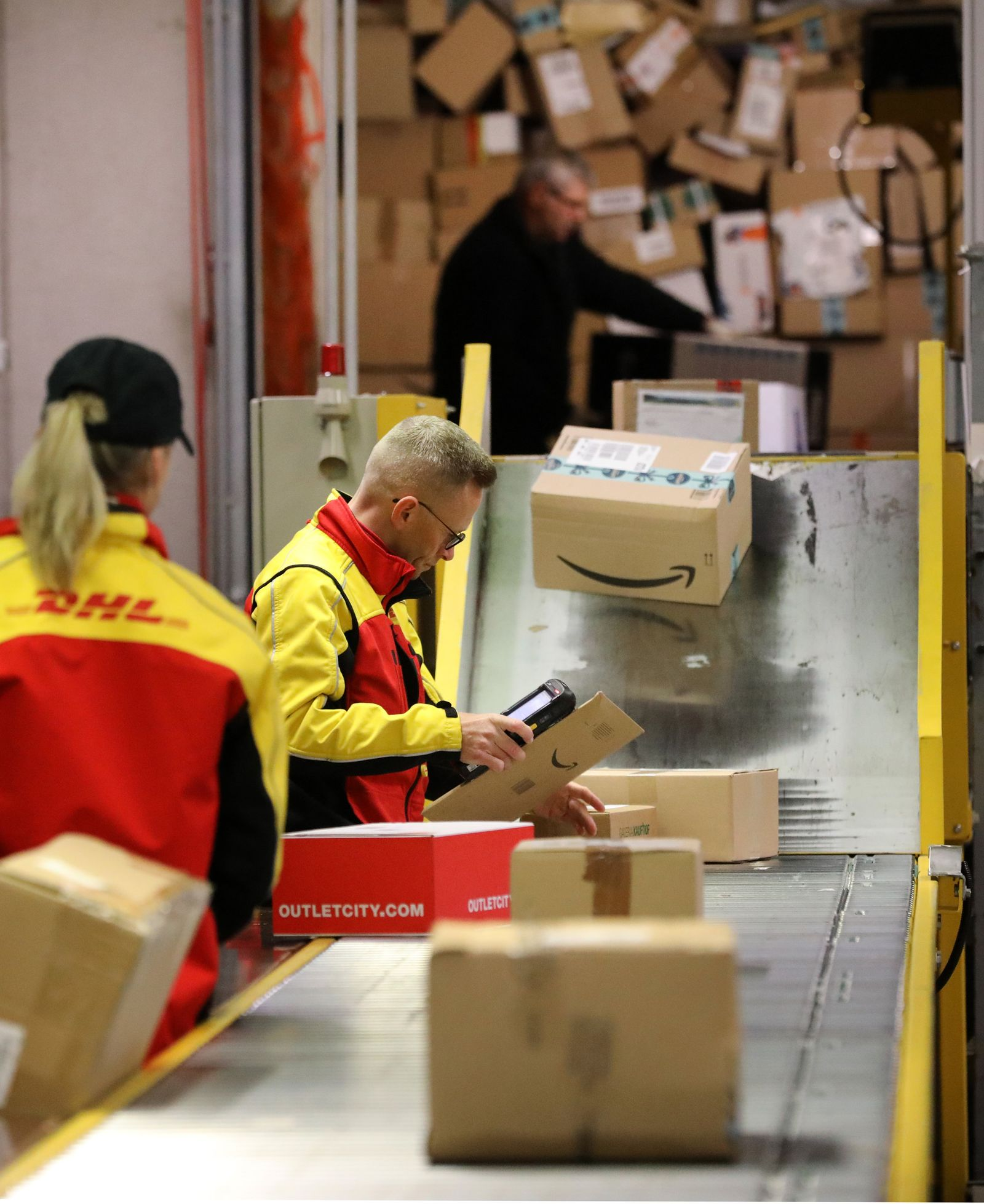 DHL Pakete Weihnachten