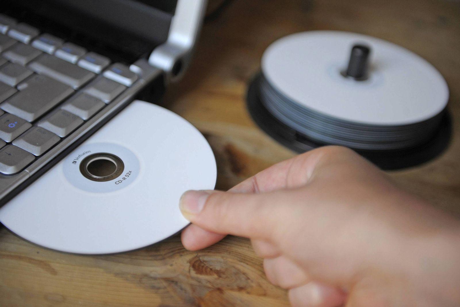 NICHT VERWENDEN SYMBOLBILD / Daten-CD