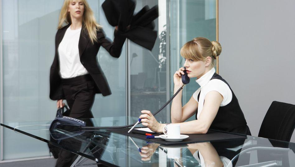 Es reicht: Der Kommunikationsterror via Email kann Mitarbeiter in die Kündigung treiben