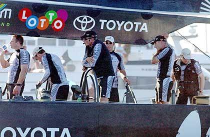 Nichts ist unmöglich: Doch nach der zweiten verlorenen Wettkampf lässt die neuseeländische Crew die Köpfe hängen