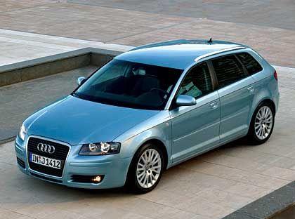 """Audi A3: Einer der Hauptkonkurrenten des 1er ist sicherlich der Audi A3. Besonders in der neuen Version """"Sportback"""" (Foto) zielt er auf die klassische BMW-Klientel. 2004 verbuchte der VW-interne Golf-Jäger in Deutschland ein Zulassungsplus von 10 Prozent auf 61.000 Fahrzeuge."""