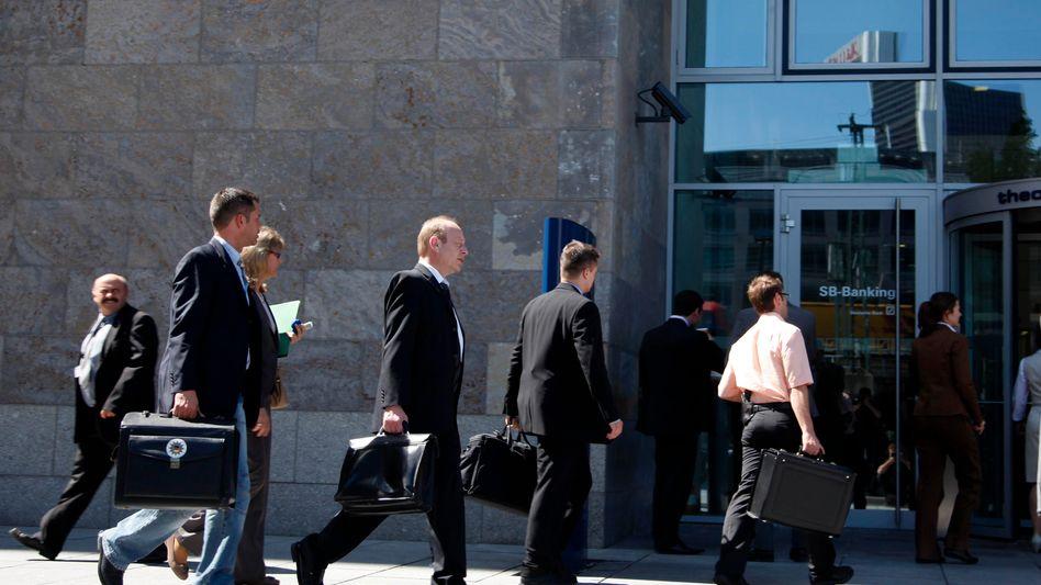 Händler der Deutschen Bank: Mit den Absicherungsgeschäften werden Ausfallrisiken von Anleihen oder Krediten gehandelt