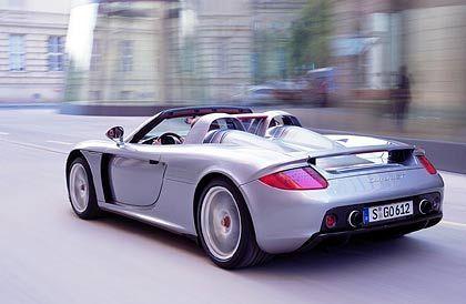 Porsche Carrera GT Hubraum: 5733 ccm Leergewicht: 1472 kg Verbrauch (ECE-Norm): 17,8 l/100 km (11,7 bis 28,3 l/100 km)