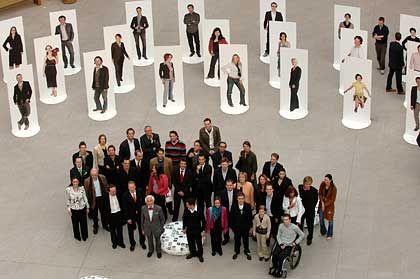 """Aktion im Rahmen der Kampagne """"Land der Ideen"""": Auswahl der """"100 Köpfe von morgen"""""""