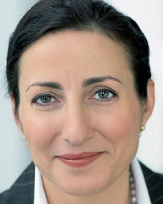 Milagros Caiña-Lindemann: Als Auszubildende eingestiegen, als Vorstand ausgestiegen