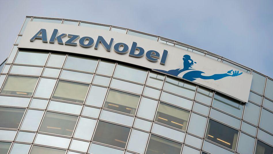 Firmenzentrale in Amsterdam: Akzo Nobel will mit einem Sparprogramm gegensteuern