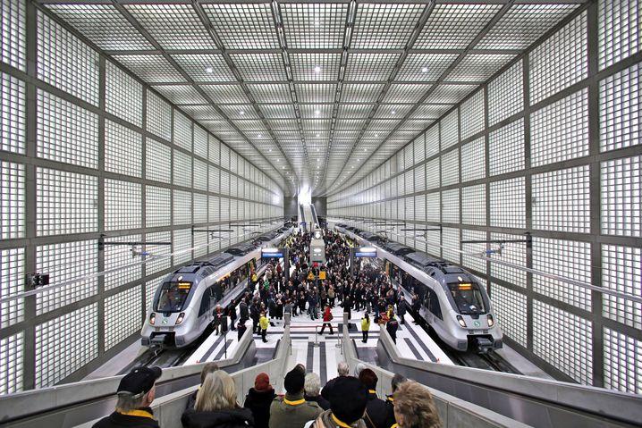 Neu eröffneter City-Tunnel der S-Bahn Leipzig (2013)