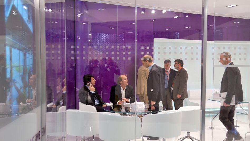Arbeiten im Großraumbüro: Dienstleistungsbranche schafft am meisten Arbeitsplätze