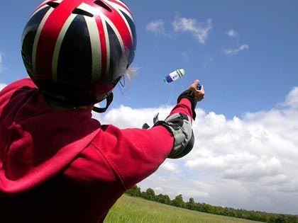 Outdoor-Sport im Richmond Park: Für das Powerkiten mit einem Lenkdrachen an langen Schnüren braucht es Kondition