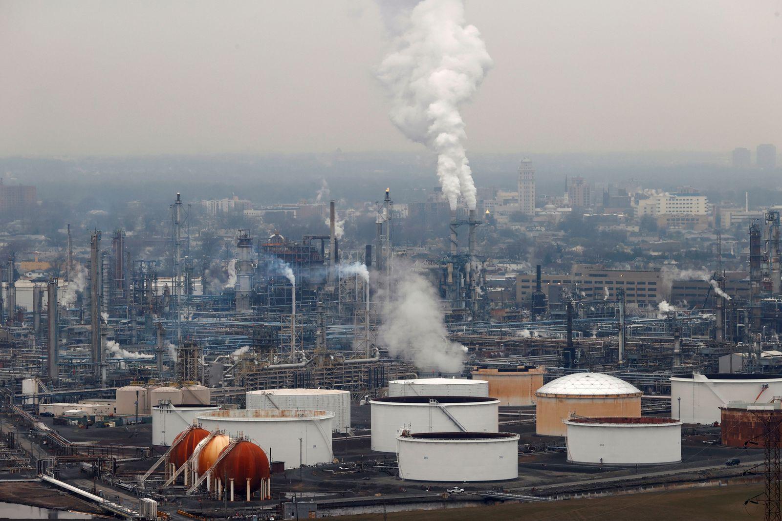 Öl / Raffinerie